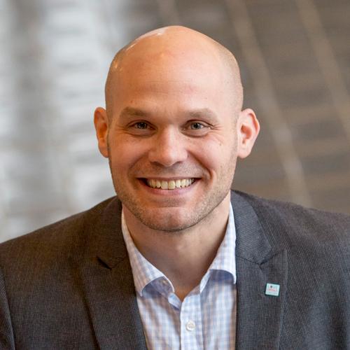 Fredrik Engelmark    Business Development & Project Management