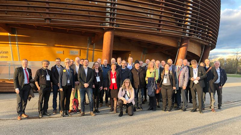 Gruppen-CERN.png