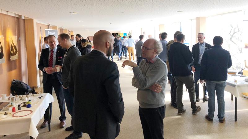 Till vår industriutställning kom tekniskt ansvariga, ingenjörer och inköpare från CERN för att prata med svenska företag och se deras erbjudanden.