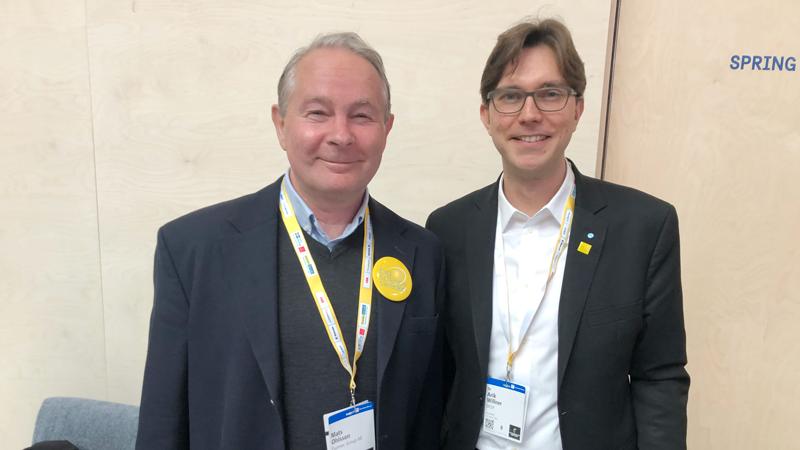 """(T.v.) Mats Olsson, VD på Examec: om den resa det inneburit för Examec att leverera till ESS och CERN, och vad det har betytt för affärerna och framför allt för kompetensutveckling av medarbetarna.  Dr Arik Willner, CTO på DESY i Hamburg, delade med sig av sin långa erfarenhet från forskningsanläggningar. Han pekade framför allt på vikten av investeringsprogram. Hans bästa tips till Sverige var att samarbeta med andra anläggningar och städer, särskilt Hamburg. """"Låt oss samarbeta och marknadsföra ett Nordeuropeiskt innovations- och kompetenskluster."""