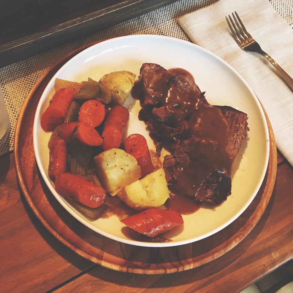 Chuck Roast with Carrot, Potato + Gravy