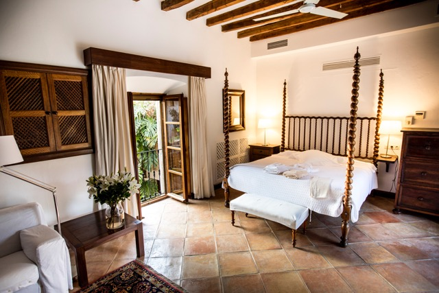 Ashram-Mallorca-Relaxation.jpeg