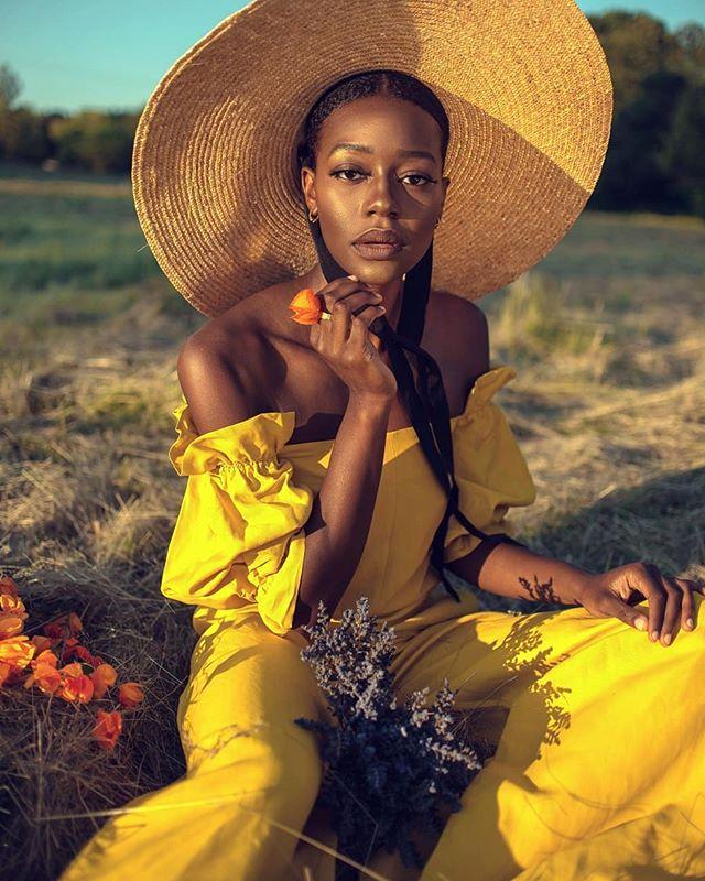 Modeling & Style by @crstlll Makeup by @thebigbadbeat . . . . . . . .  #фотографмосква  #kdpeoplegallery #6tourportraits  #peoplescreatives  #portraitpage #portraits_mf #moscowphotographer #moodyports #rektmag #retouch #ретушер #photographertoronto #nikon #torontophotographer  #35mmphotography #thefolkpr0ject #postmystickpics #postthepeople #cheadsmagazine #makeportrait #featuremeofh #ftwotw #wearethepeoplemag #yafloves #mistakemag