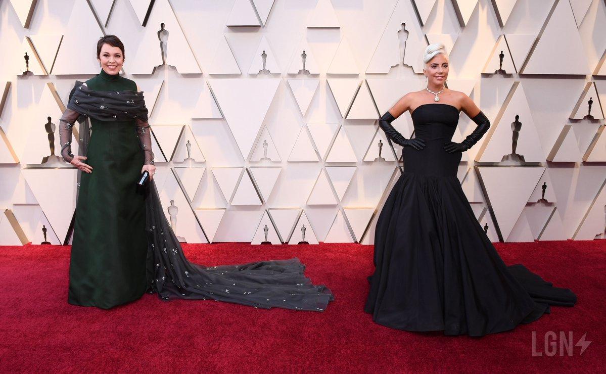 Olivia-Colman-Lady-Gaga.jpg