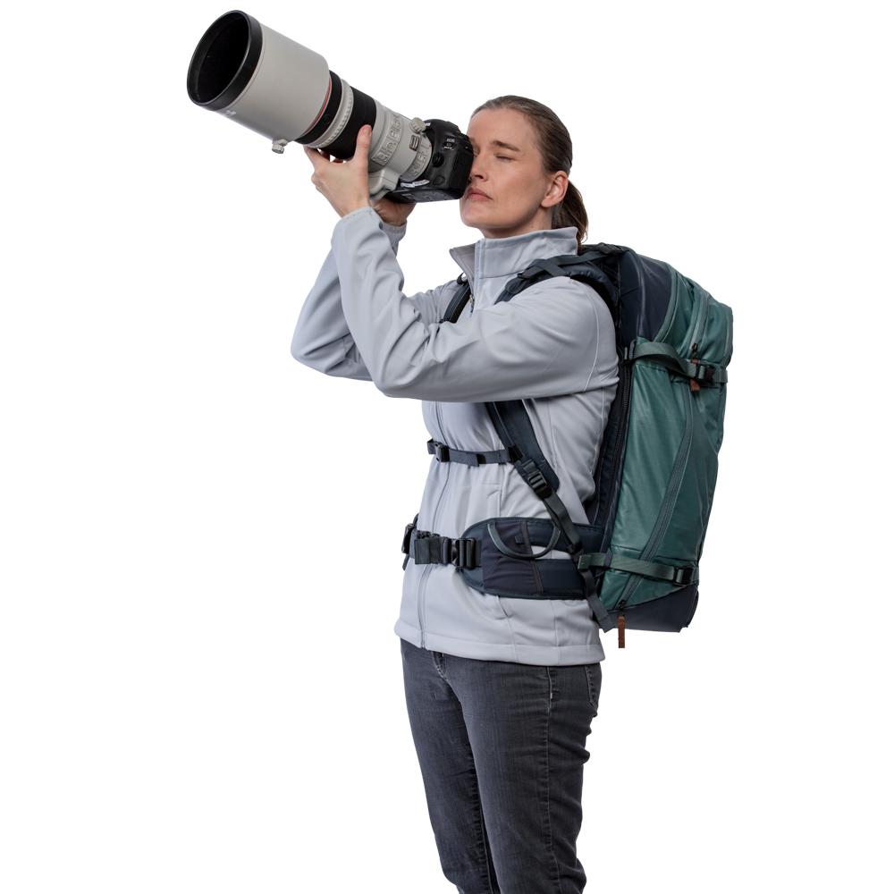 520-199_PT08_Model_Camera02.jpg