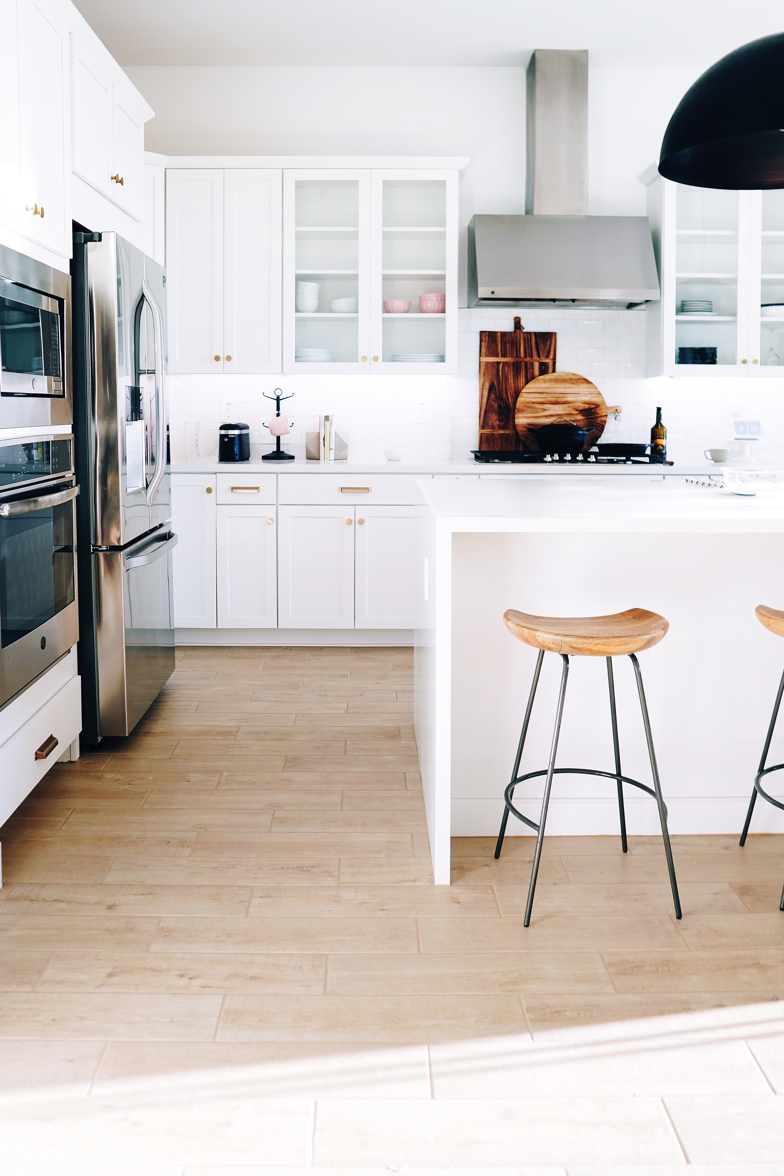 Home staging consultations can sell homes faster and bring in a higher selling price.