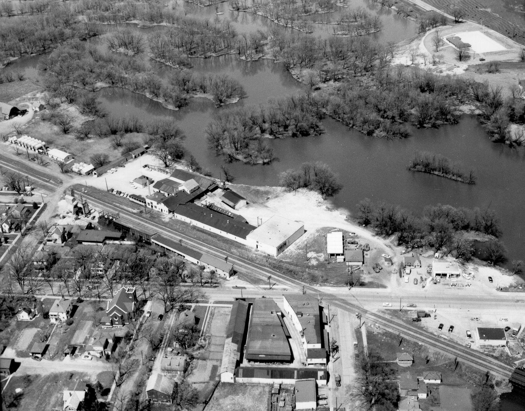 1958 - Riverfront