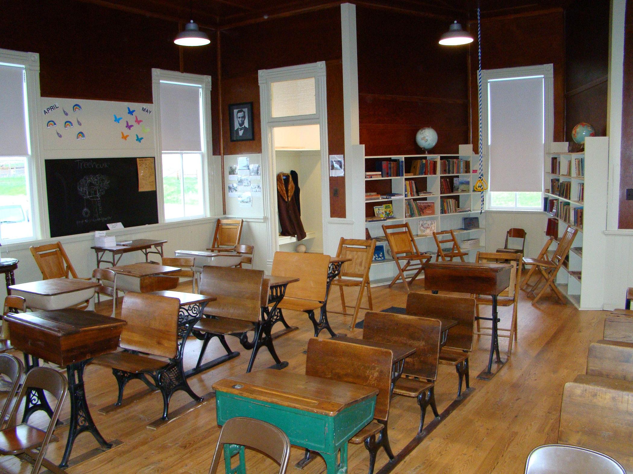 Interior 1, 4-27-11.jpg