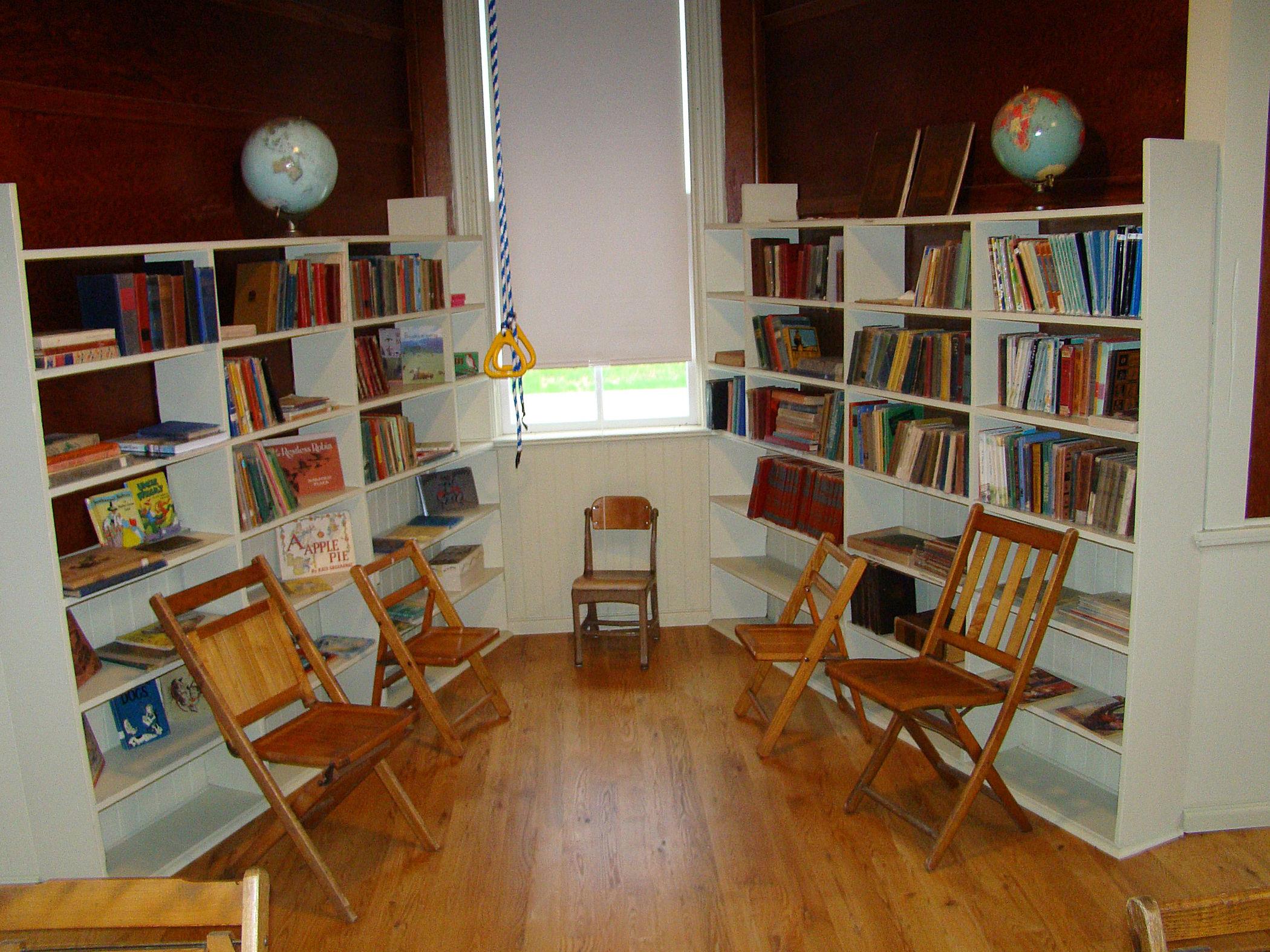 Interior 4, 4-27-11.jpg