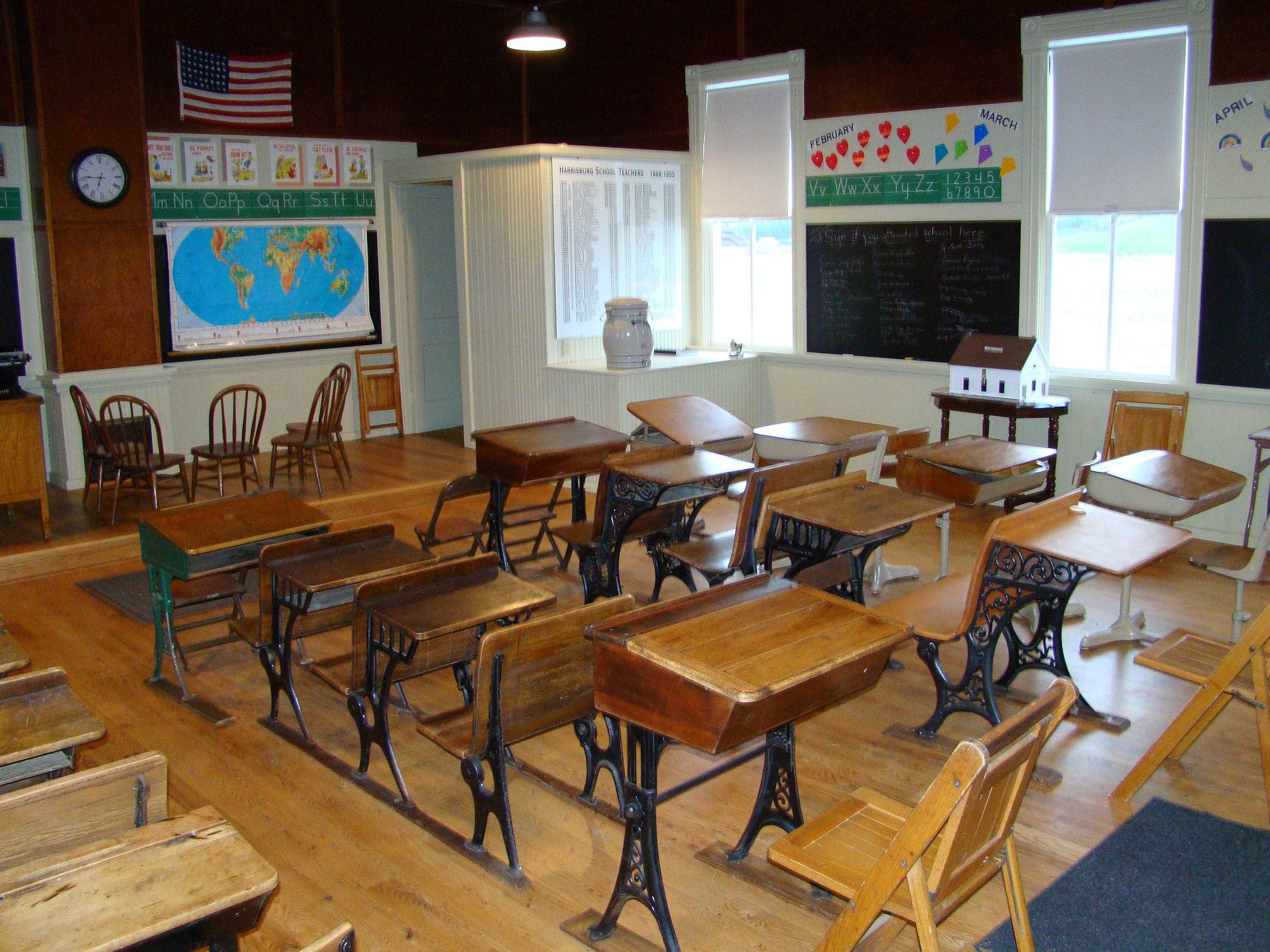 Interior 3, 4-27-11.jpg