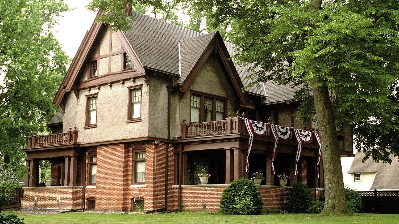 Mansion, 2-2002VV.jpg