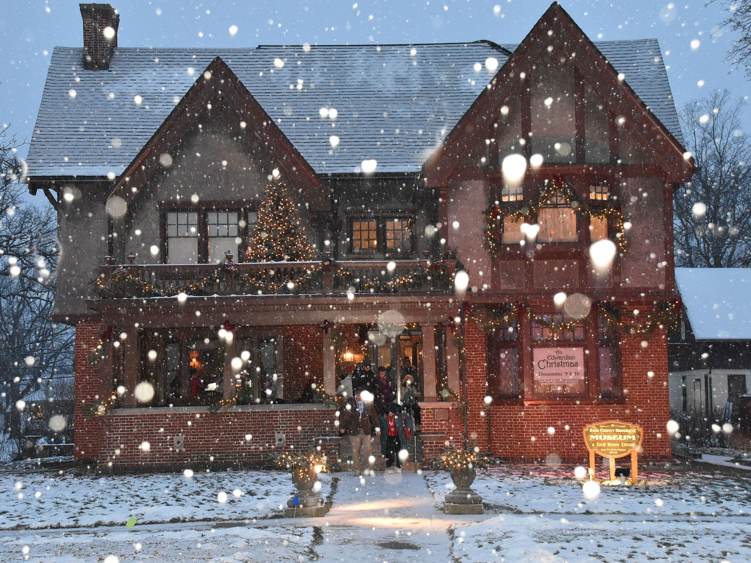 Edwardian Christmas Celebrations Photo Tour