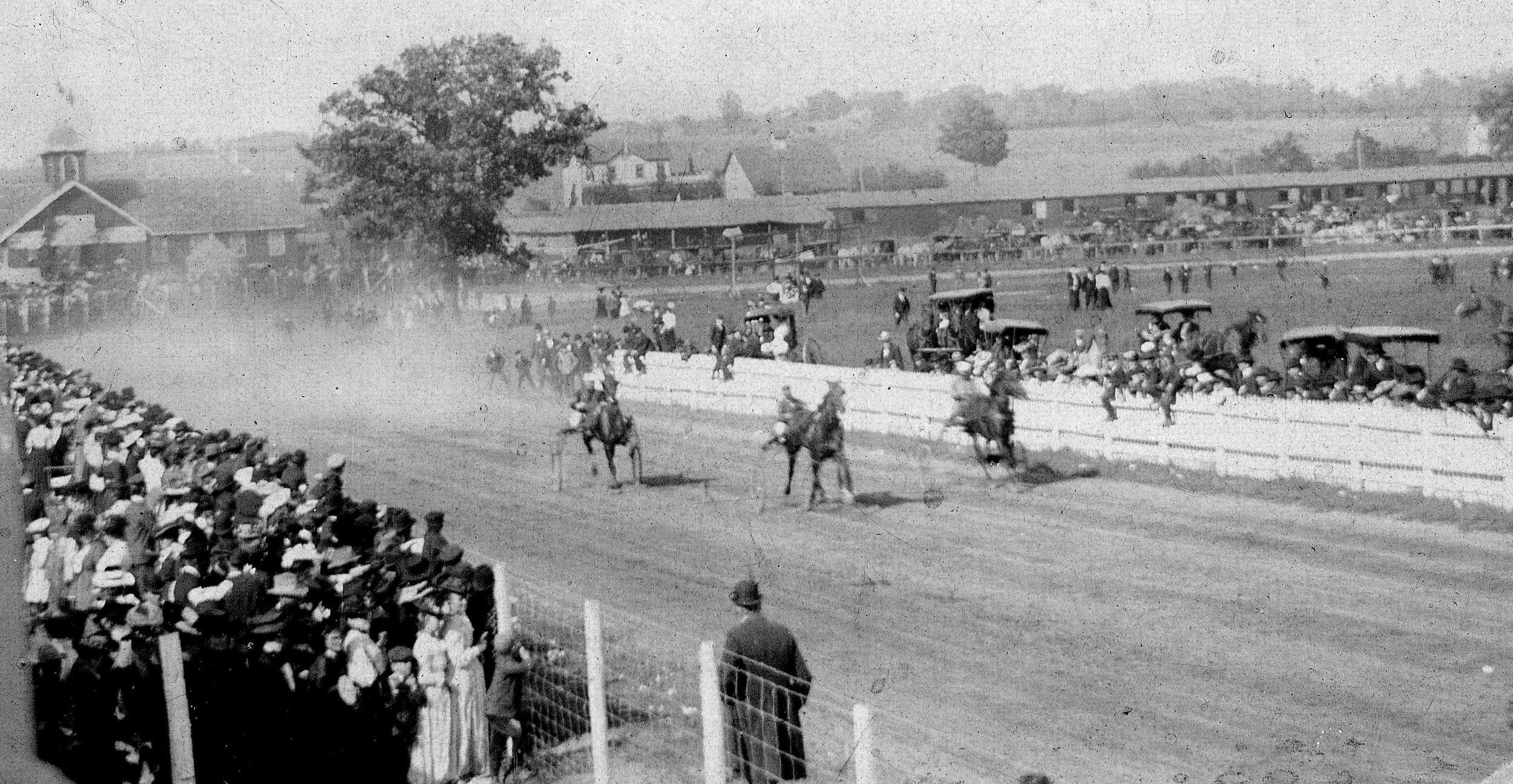 Horse Races.jpg