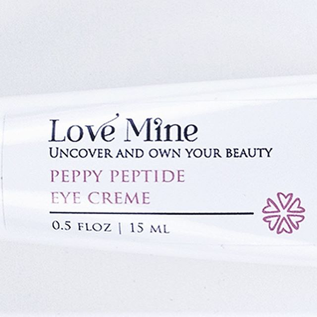 Our Queen in You Giveaway starts today! To enter: 1️⃣ Tag 2 friends in a comment 2️⃣ Follow the brands below *️⃣ For an extra entry, add this post to your story The winner will receive... @glimmerbyalise - Vegan and Cruelty-Free Lipgloss and body Oil @lovemineskincare - Peppy Peptide Eye Creme The giveaway ends 08/14 11:59 pm EST and is for US residents only. Giveaway facilitated by @selfmade.collabs This is not affiliated with Instagram. #giveaway #giveaways #collabs #contest #selfmade #selfmadecollabs