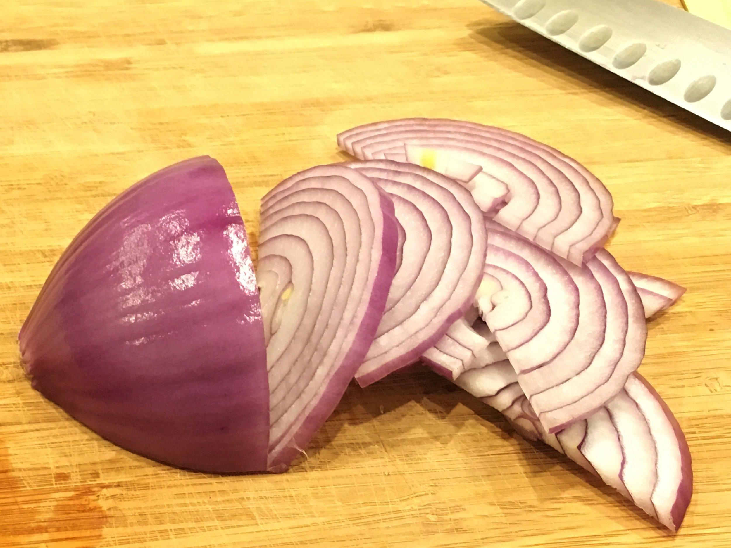 PickledRedOnions2.jpg