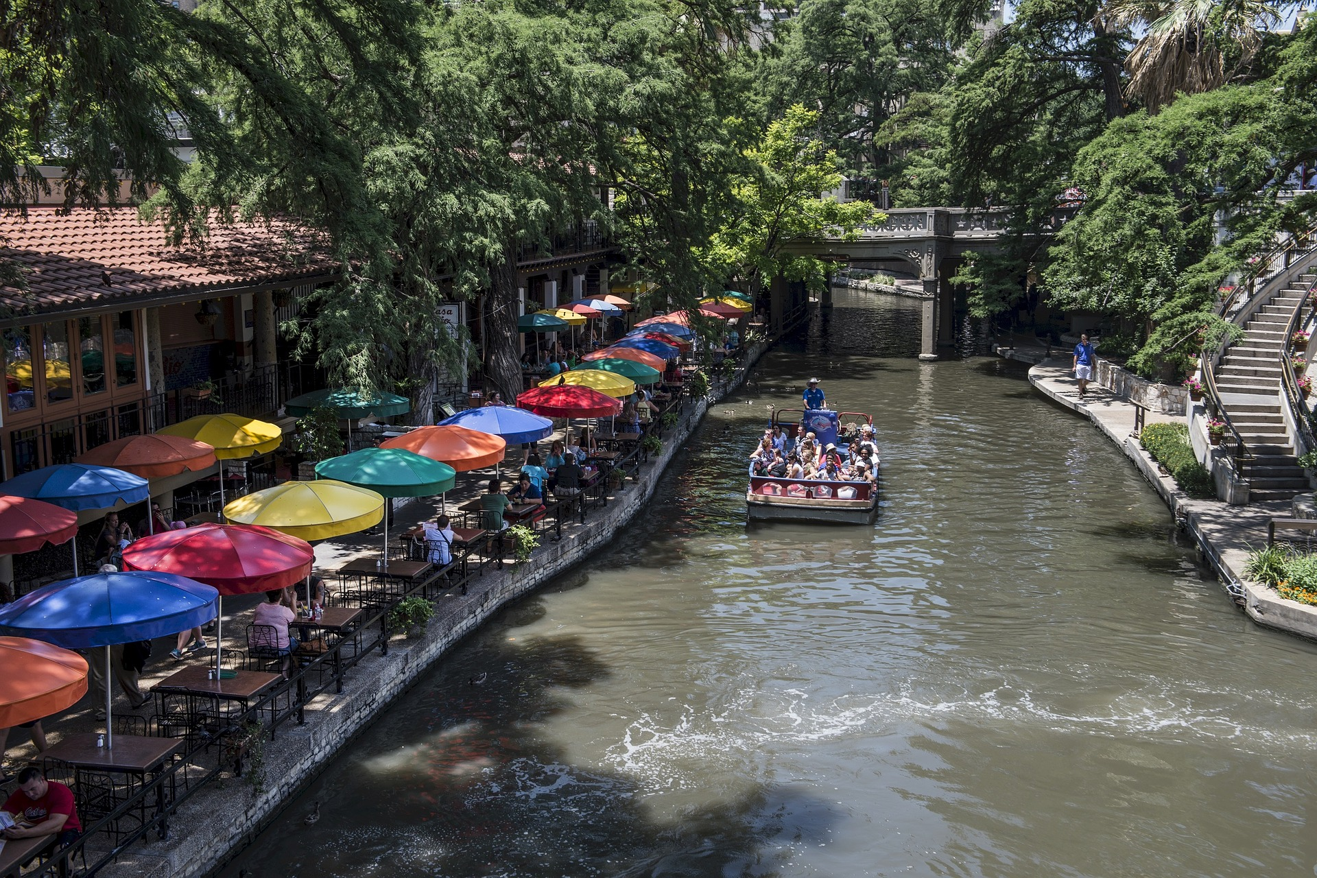riverwalk.jpg