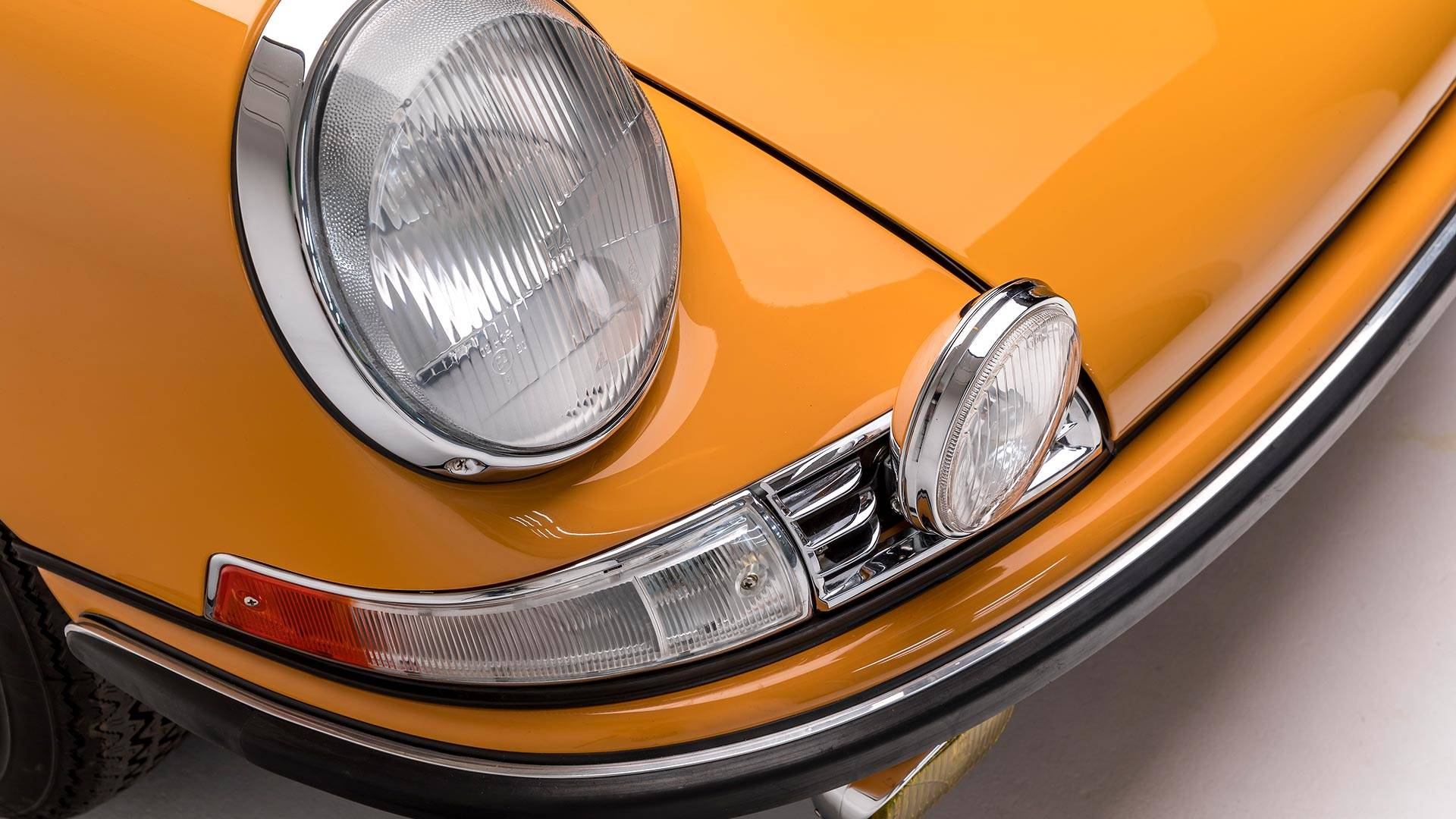 1968-porsche-911-s-softwindow-targa-sportomatic (18).jpg
