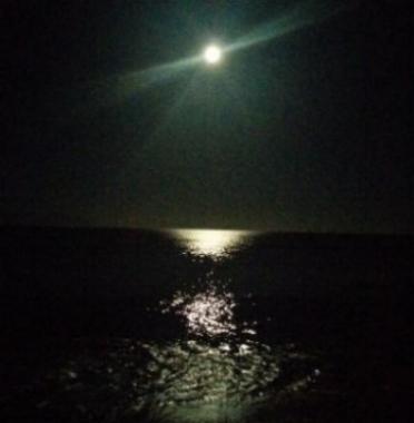 full-moon.jpg