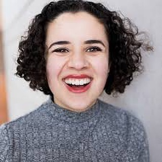 REMINDER!! Come in tomorrow at lunch to meet Maddie Rostami. She is an MA Drama alum who studied theater and cognitive science at Northwestern, and is currently working with the Berkeley Repertory. Ask her questions about life in theater, college auditions, what it's like in the real world, etc.! Can't wait to see you guys there! (Sorry for how blurry the pictures are)