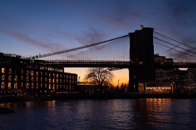 Sunset in DUMBO... #dumbo #brooklyn #nycphotographer #nycprimeshot #sonyalpha #a7riii #icapture_nyc #brooklynbridge #online_newyork #igersnyc #newyork_ig #imaginatones #newyorkcity #what_i_saw_in_nyc