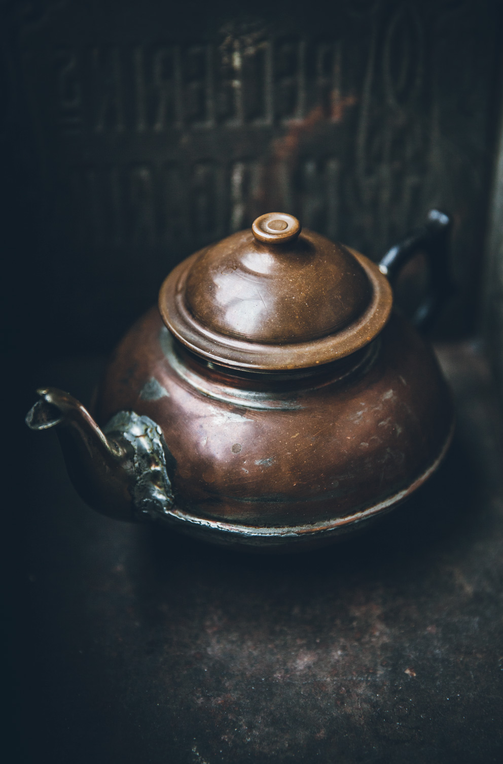 This beautiful  copper kettle , which I've already used in a couple of shoots (see below!).