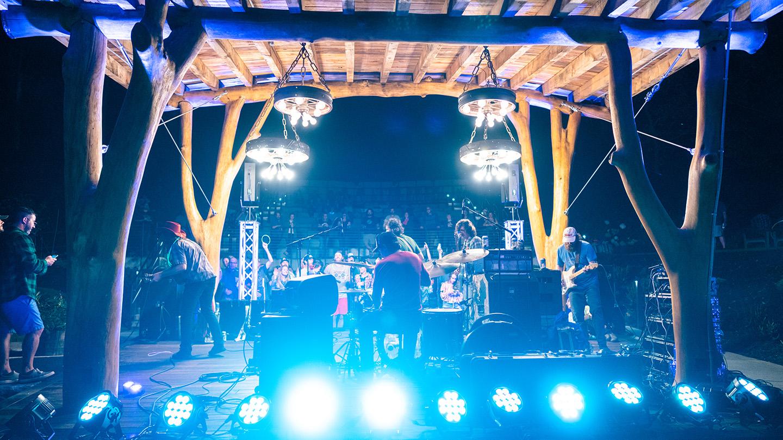 Futurebirds Concert-7.jpg