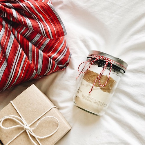 SUSTAIN YOSELF made gift jars with my cookie recipe !
