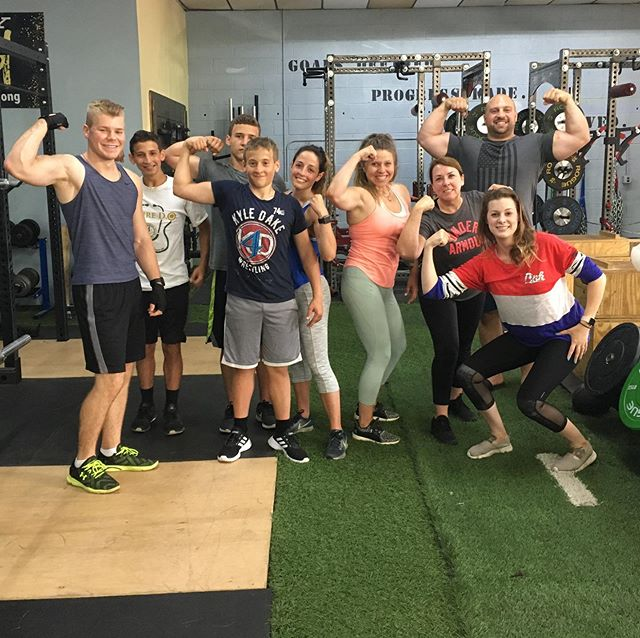 Today's American work out was ARMS of course! 💪 We did two giant sets with little rest and back to back. Everyone got such a pump! No one could touch their own shoulders and might need help eating later! Great job everyone. Thank you for celebrating with us. 🇺🇸💥#independenceday #merica #nodaysoff #beyondstrength