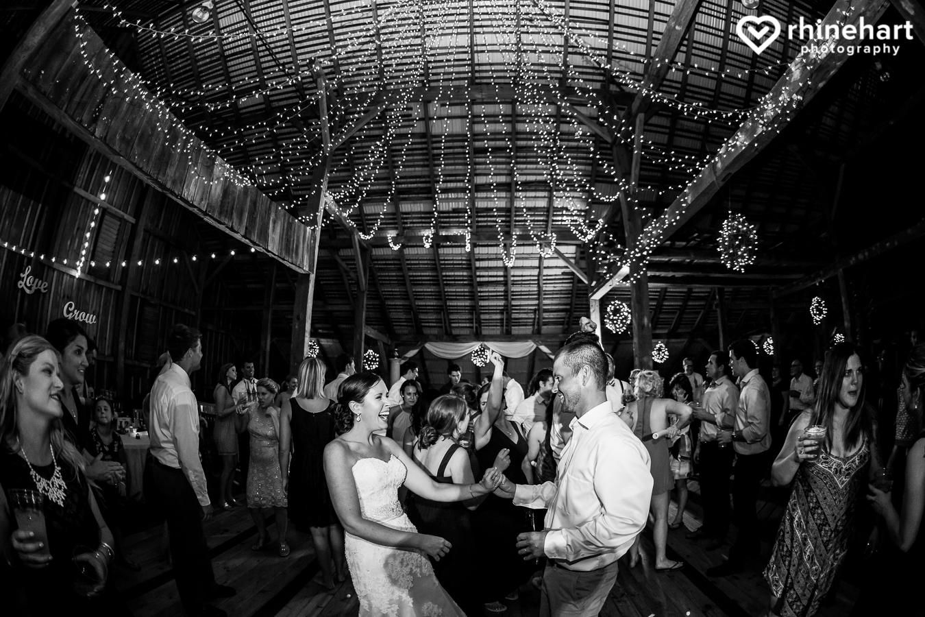 Gillbrook-Farms-Wedding-photographers best creative-49.jpg