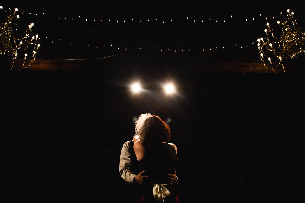 Elizabeth-Mealey-New-York-Wedding-Photographer-Bell-House-Brooklyn-Venue-First-Dance-4133.jpg