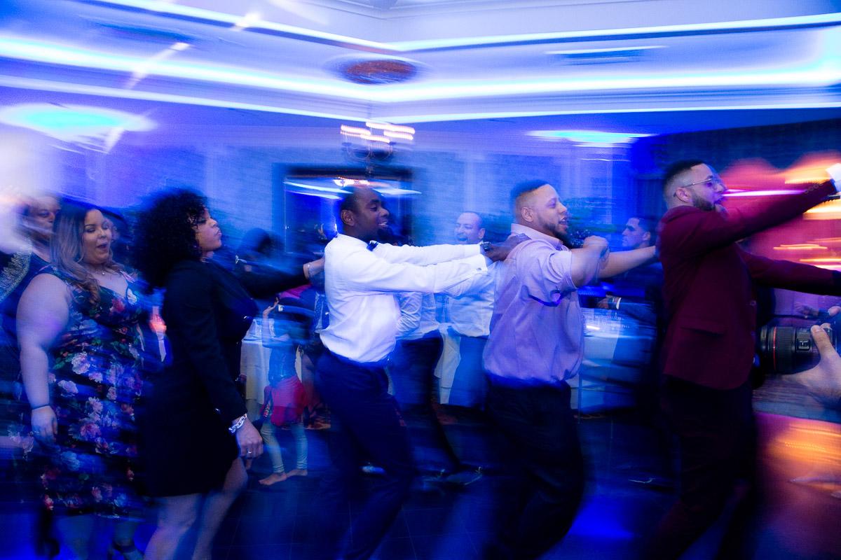 Elizabeth-Mealey-New-York-Wedding-Photographer-Conga-Line-Motion-Blur-Dance-Party-2925.jpg