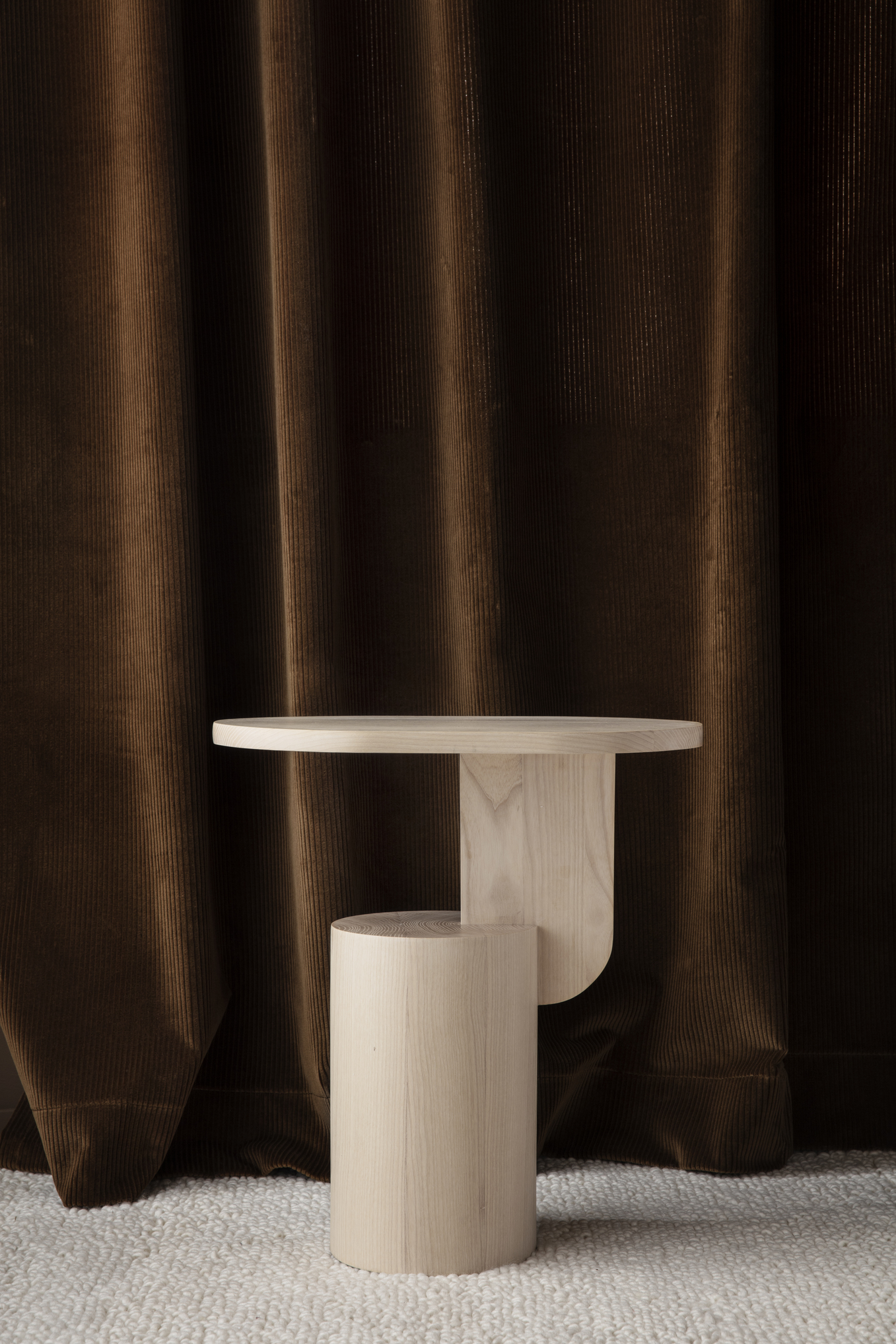 Insert side-table - Solid ash, sturdy & sculptural.