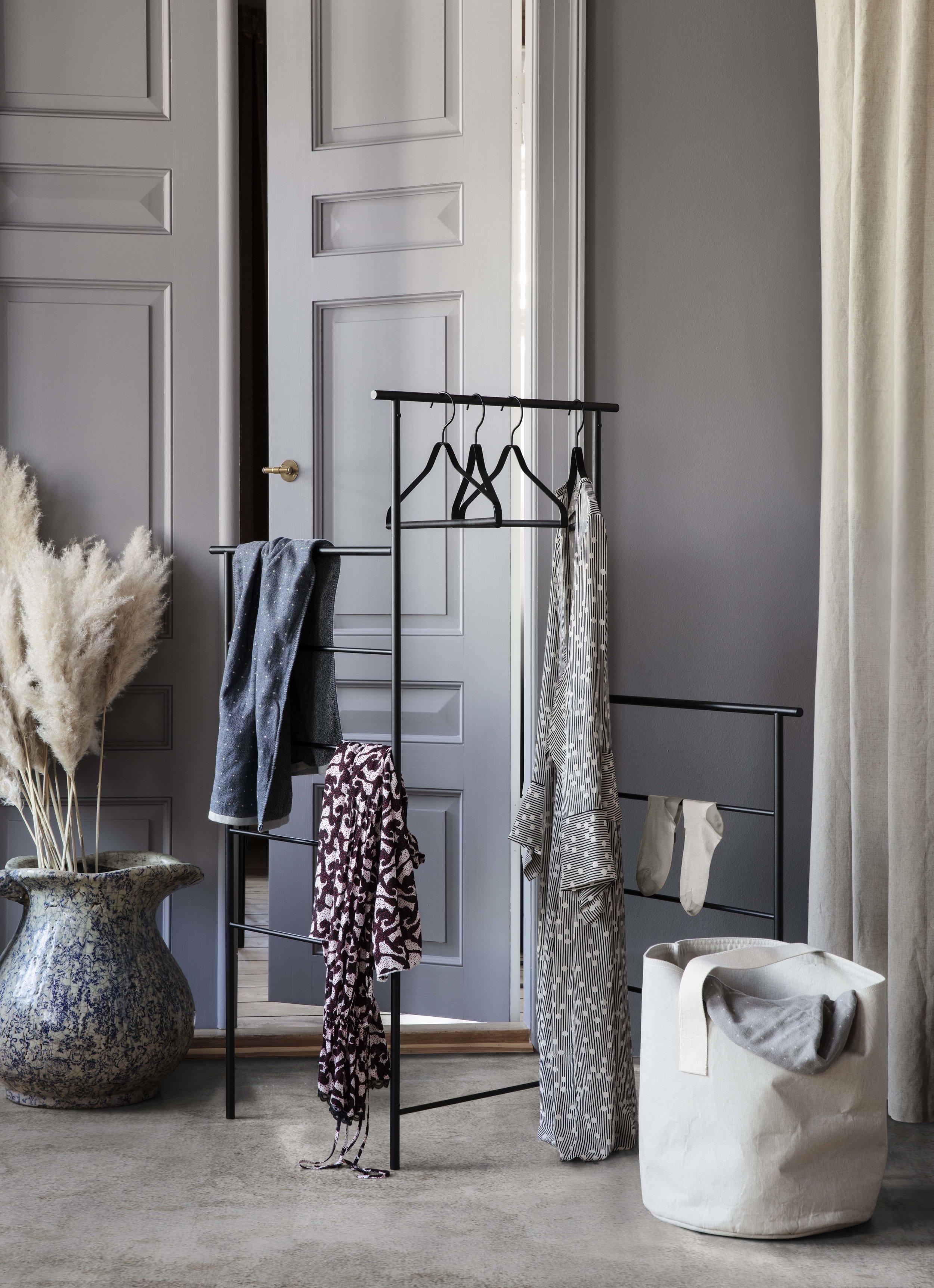 Dora cloths Stand Ferm Living, bathroom essentials.jpg