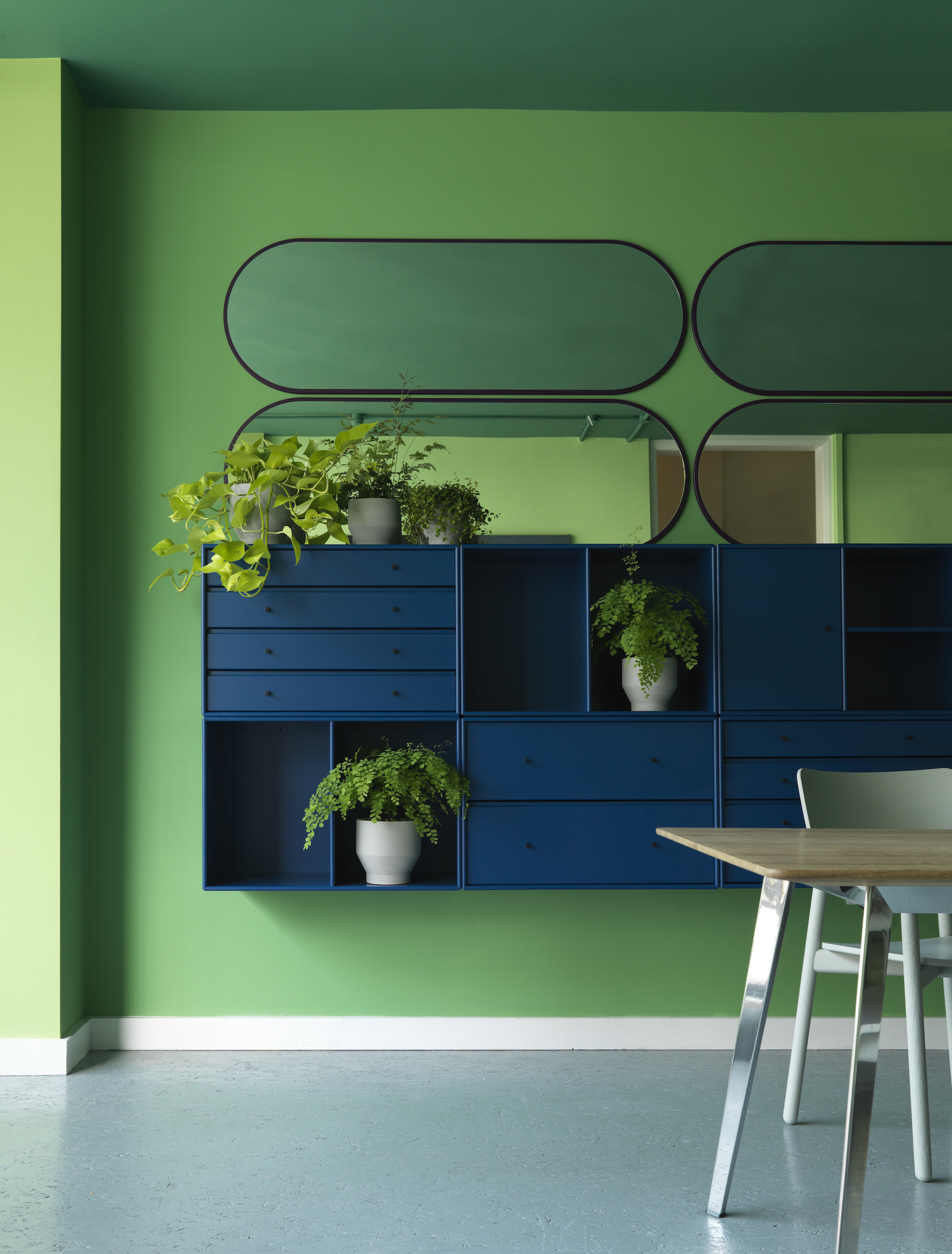 - Architect Helena Laursen, recipient of the Frame Award Milan, designed the two floors assigned to Montana, in their signature bold, captivating colour palettes.