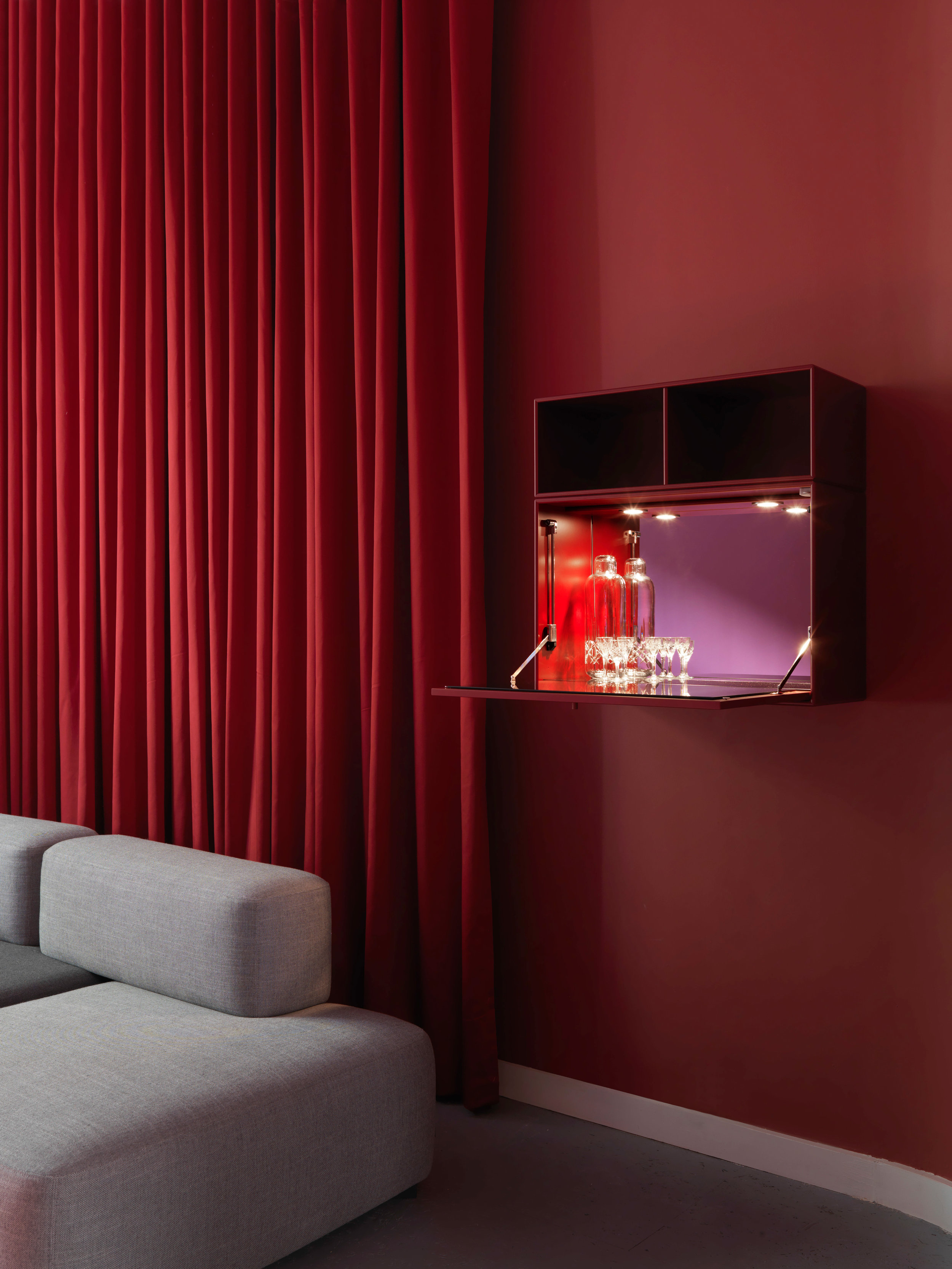Montana-designers-Storage-and-shelving-systems-London-Design-Week-home-interior-Scandinavian-design-Scandinavian-home-MoulinRouge-Detail.jpg