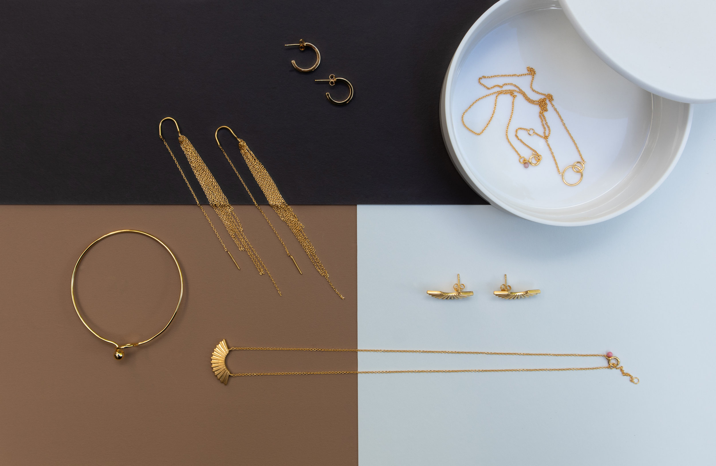 Jewerly Styling, display, retail display, Enamel Copenhagen our work for Deense Kroon new collection .jpg
