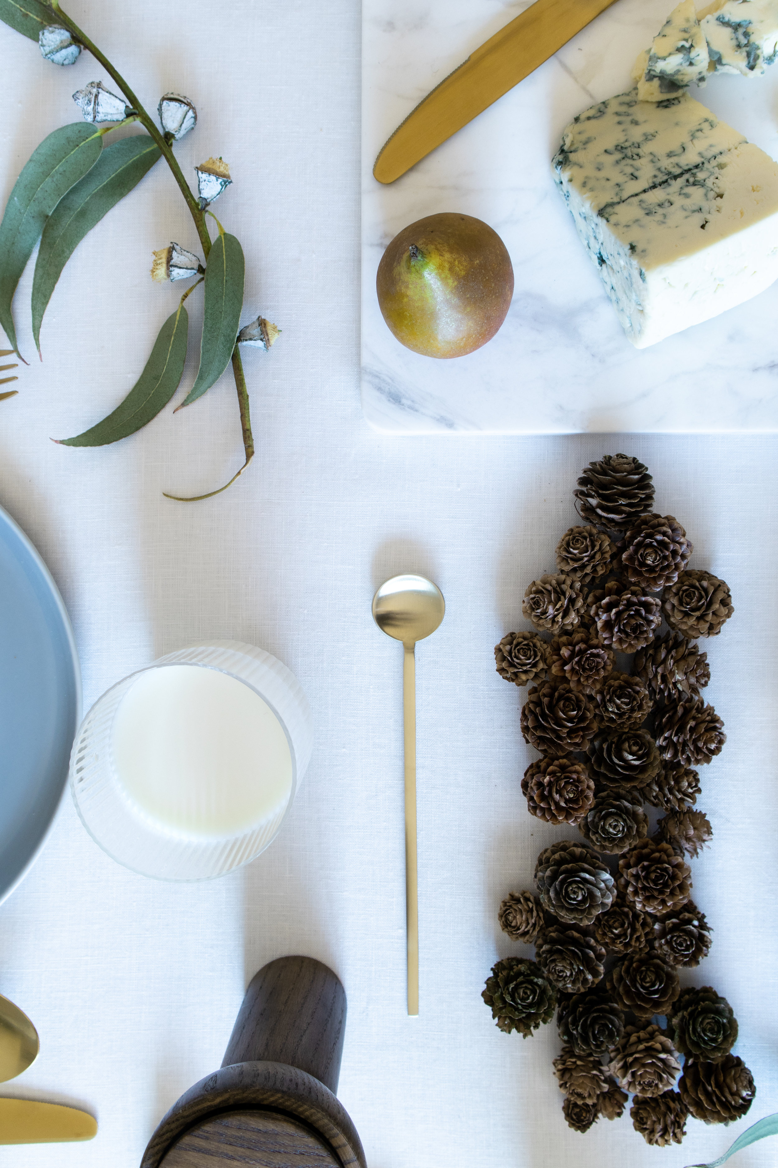 Christmas table setting, styling 8.jpg