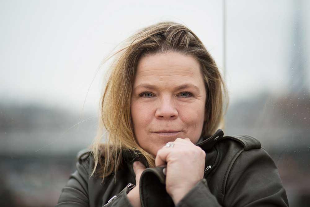 Amanda Jennings, author