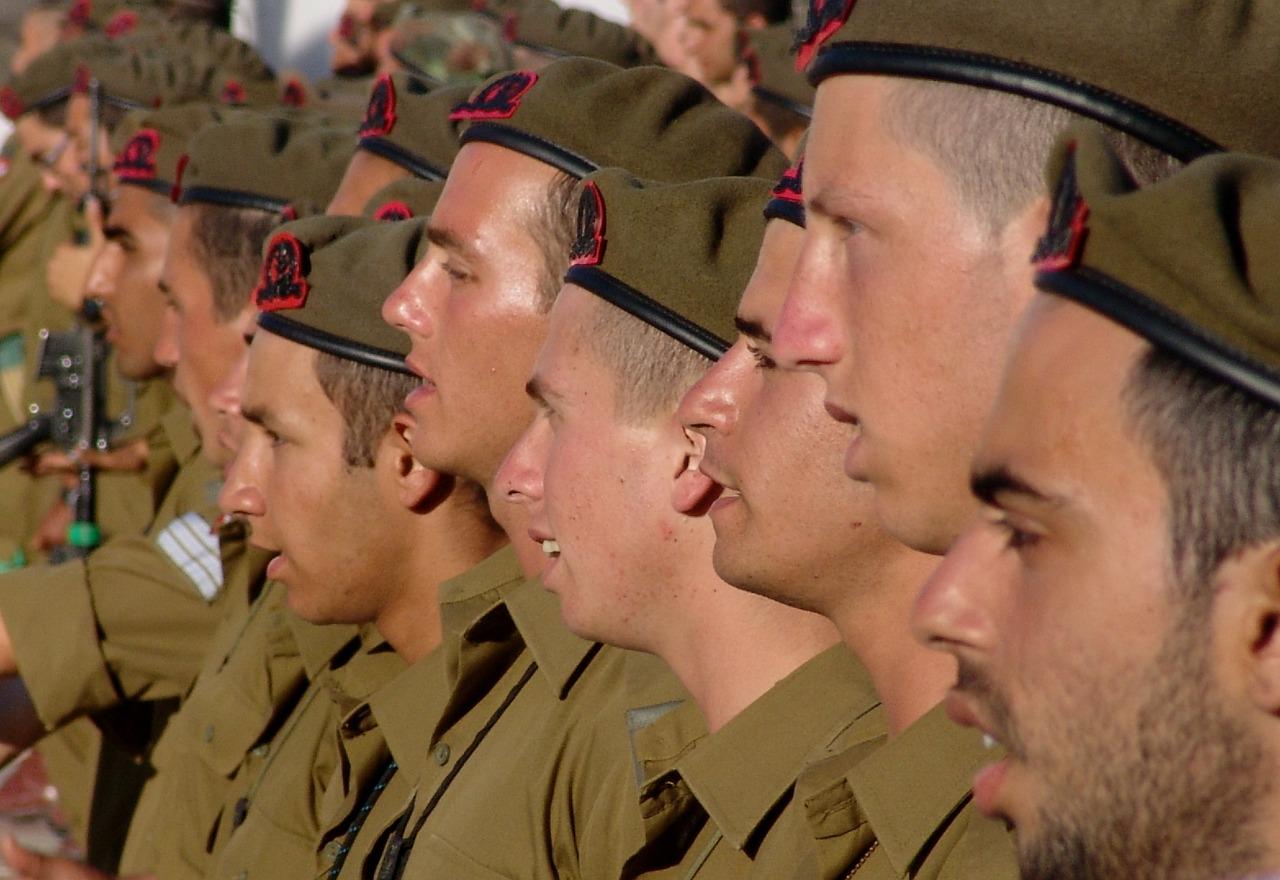 soldiers-197797_1280.jpg