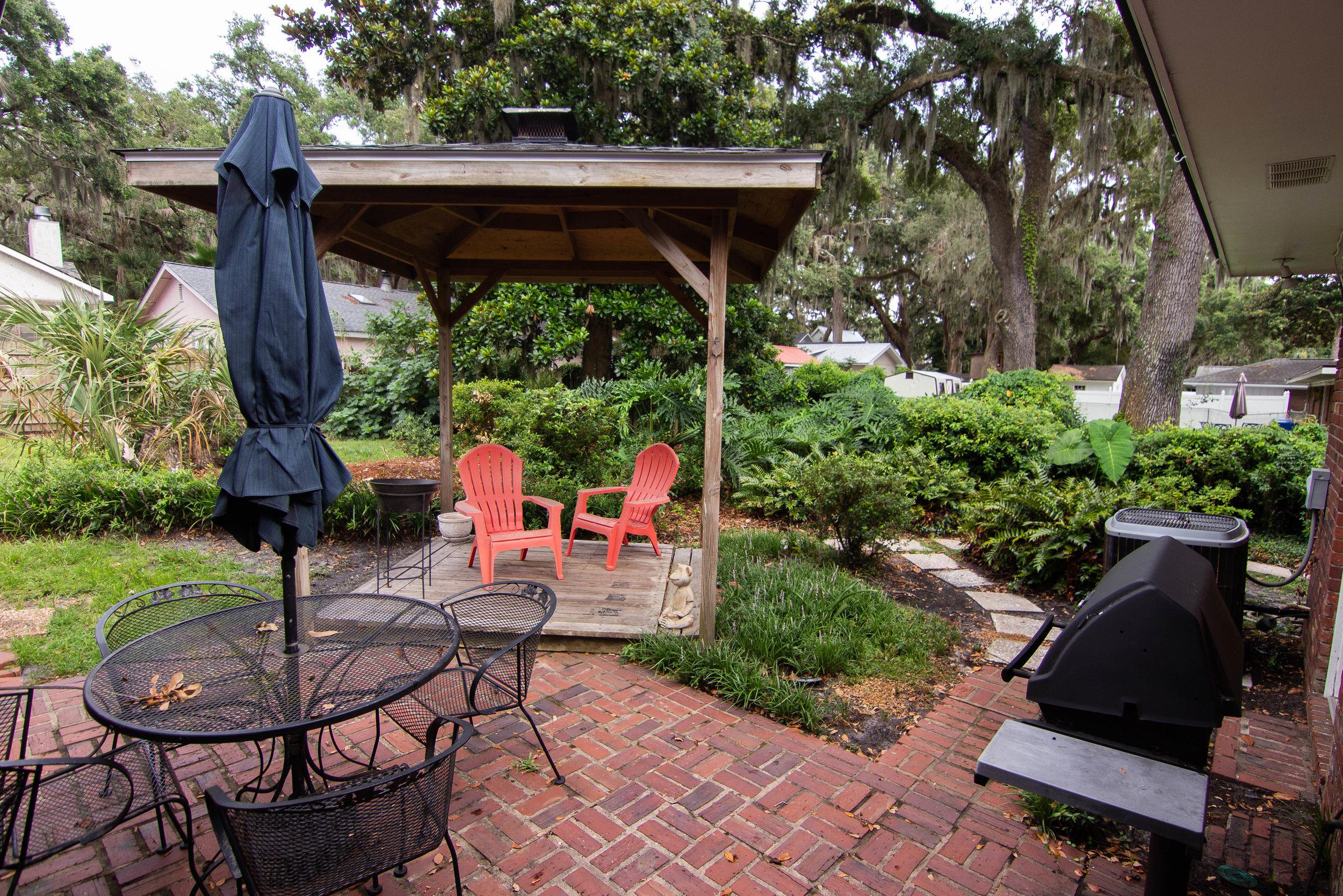 21 Backyard.jpg