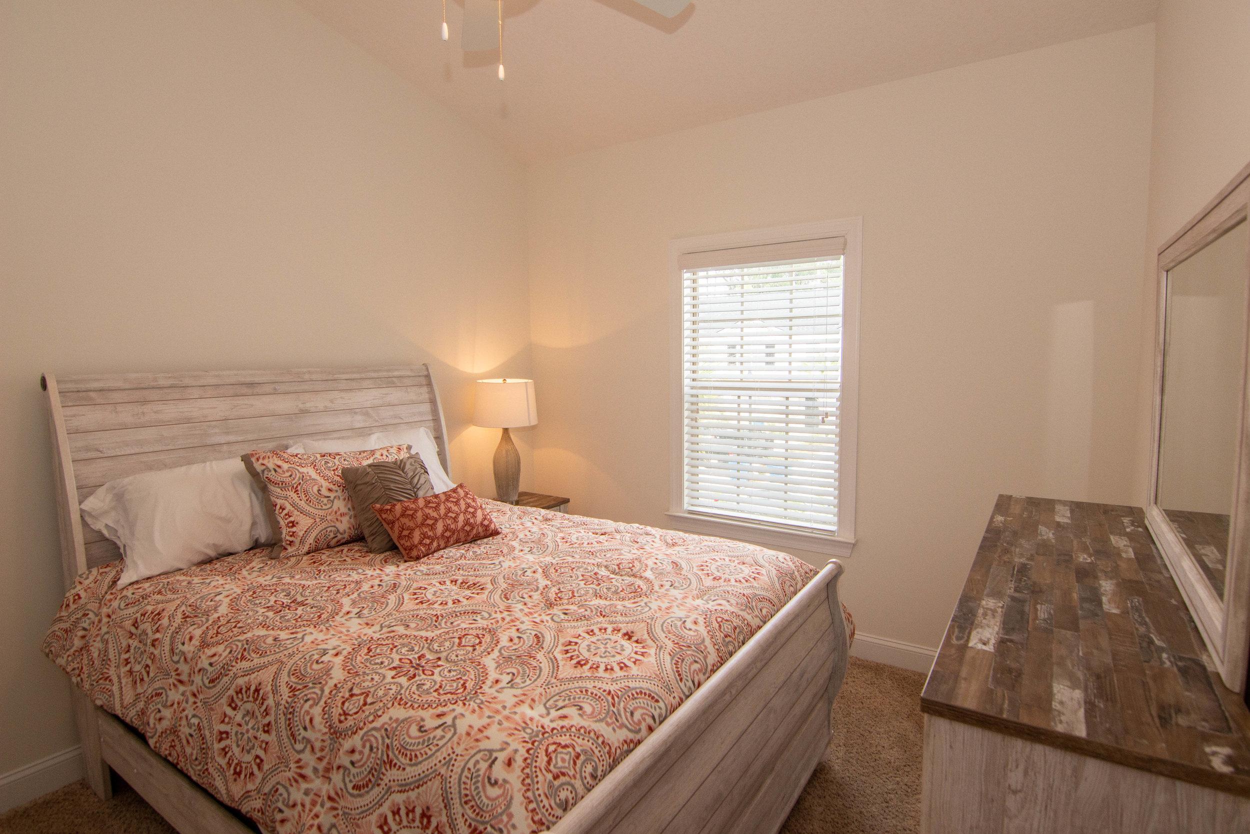 24 Bedroom 2.jpg