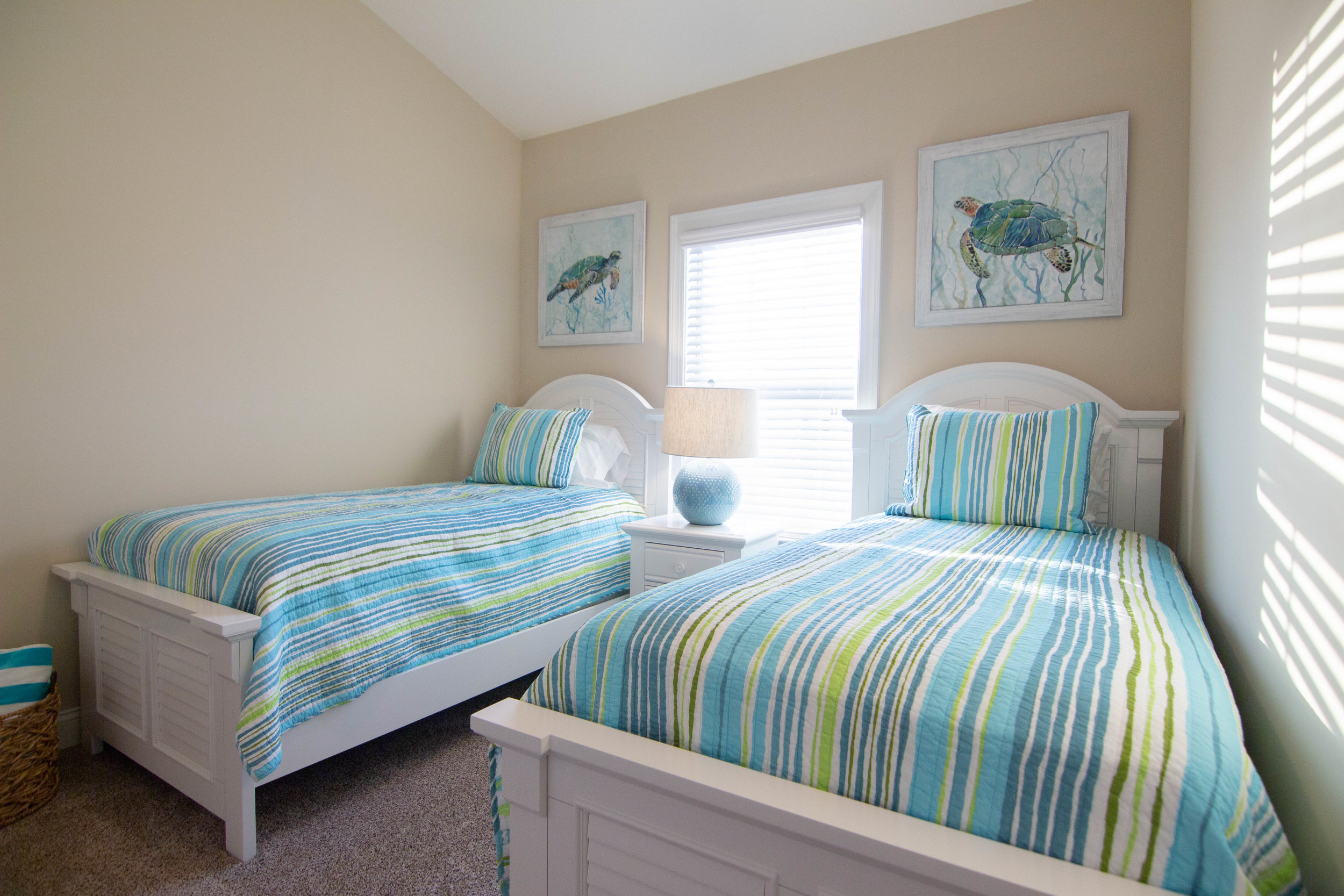 21 Bedroom 2.jpg