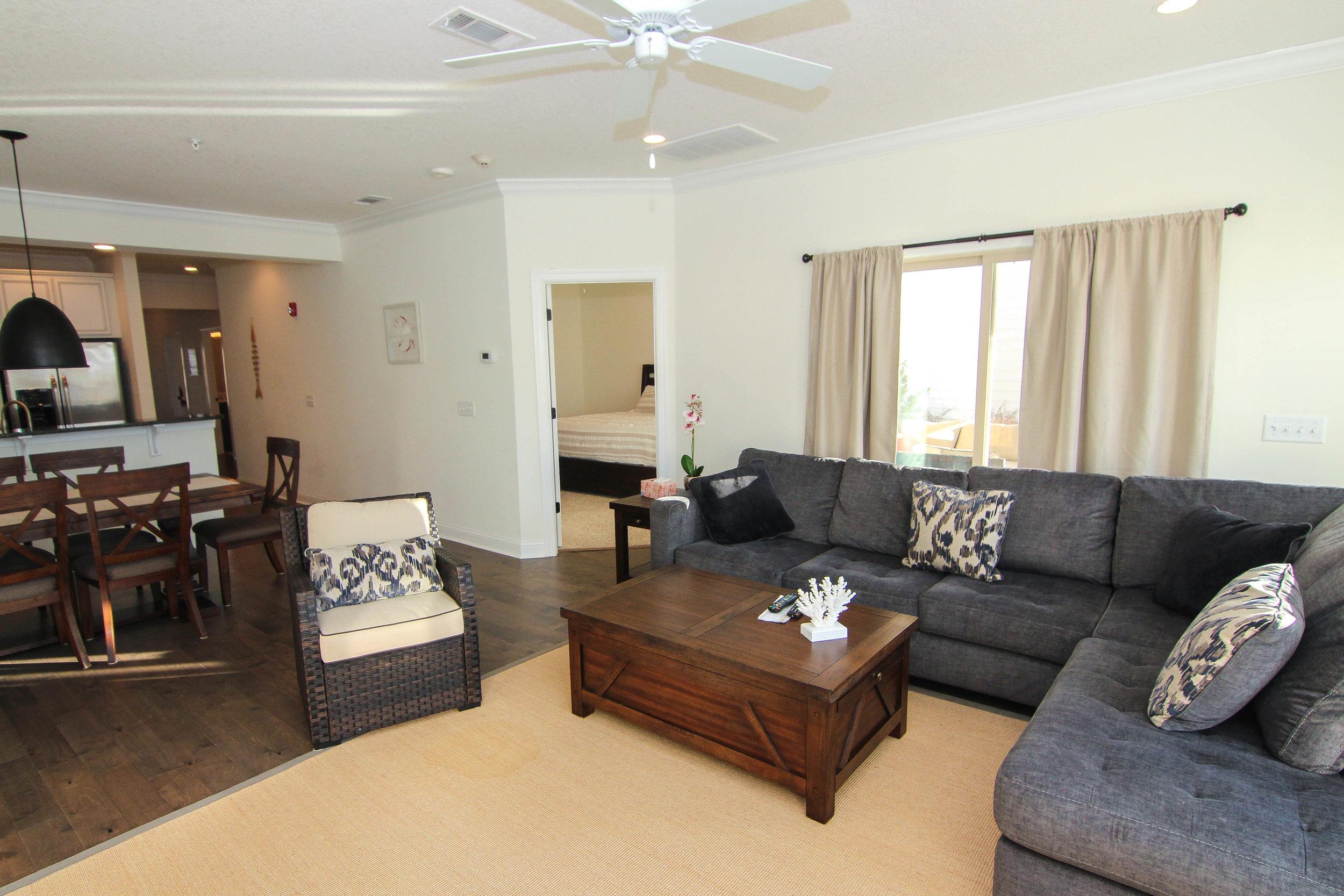 12 Living Room.jpg