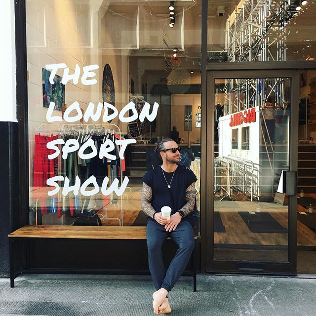 N A M A S T E ™️ Richie Norton is here, shoes off, oat flattie in hand and in the customary Ray Bans firmly on... . There may be better ways to start a Sunday but we don't know what they are. . Good morning from The London Sport Show on our last day! . #yoga #yogaeverydamnday #yogasunday @thestrengthtemple