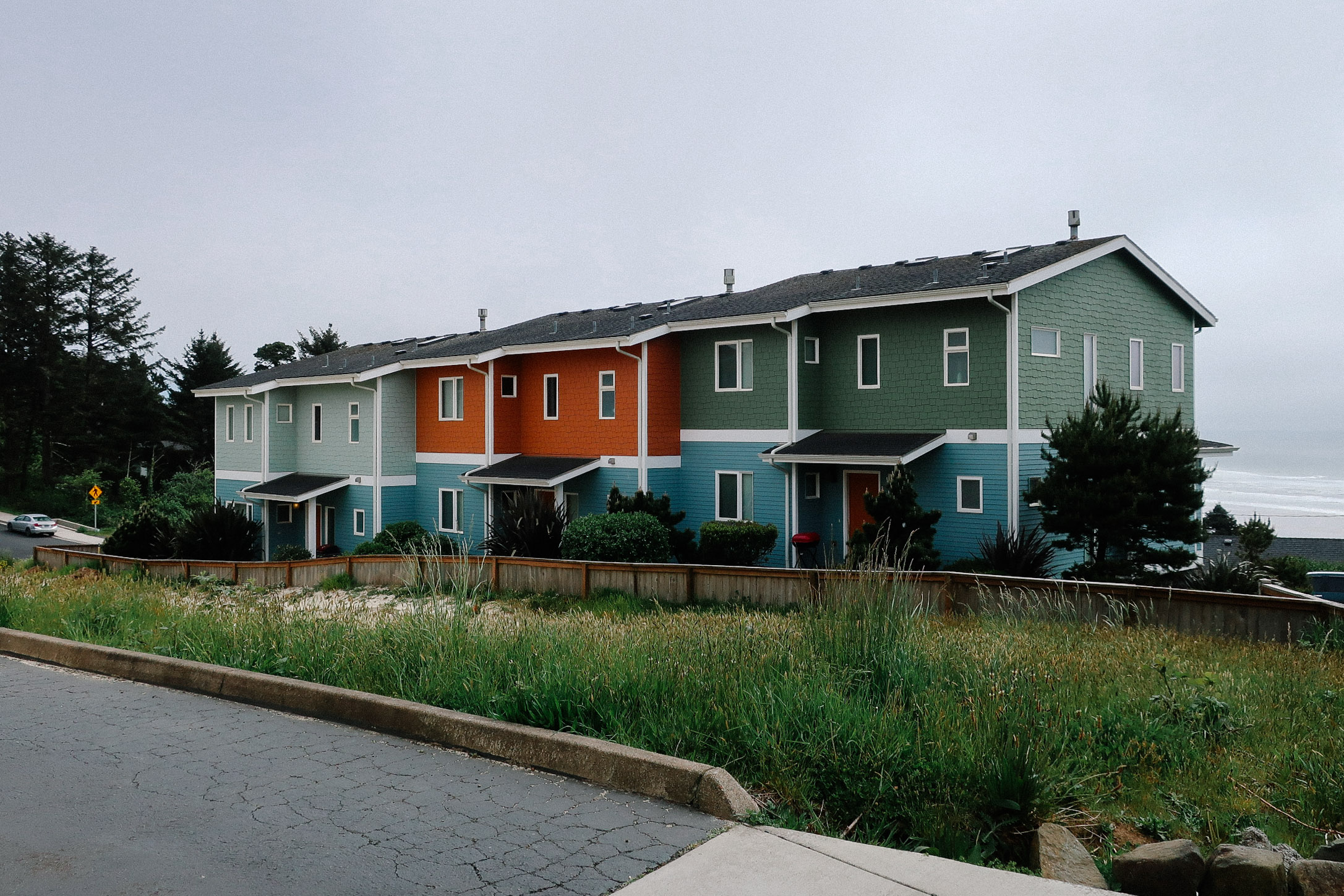Agate Beach Townhouses_Web_1.jpg