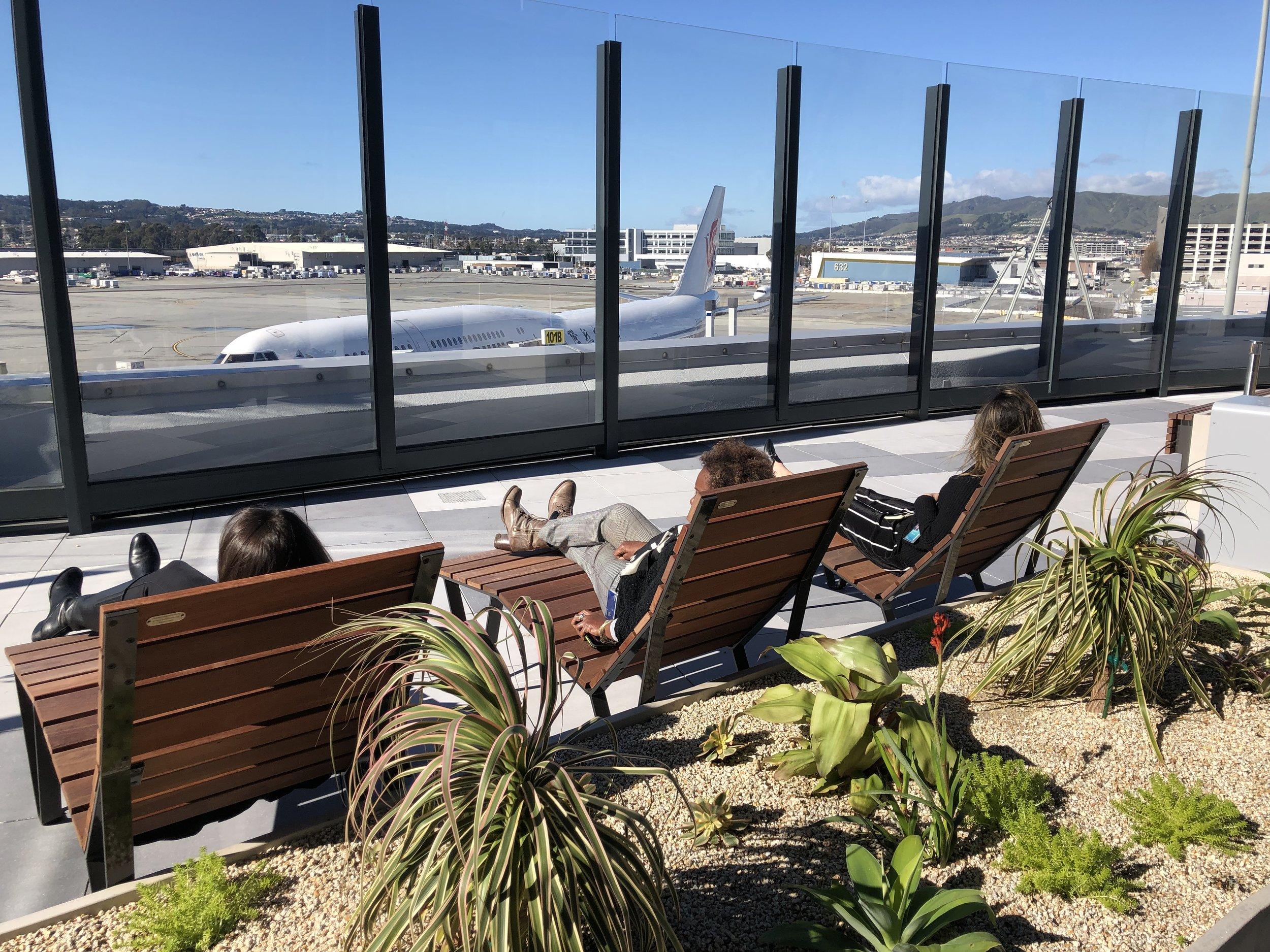 SFO Outdoor Terrace_0002_20190206.jpg