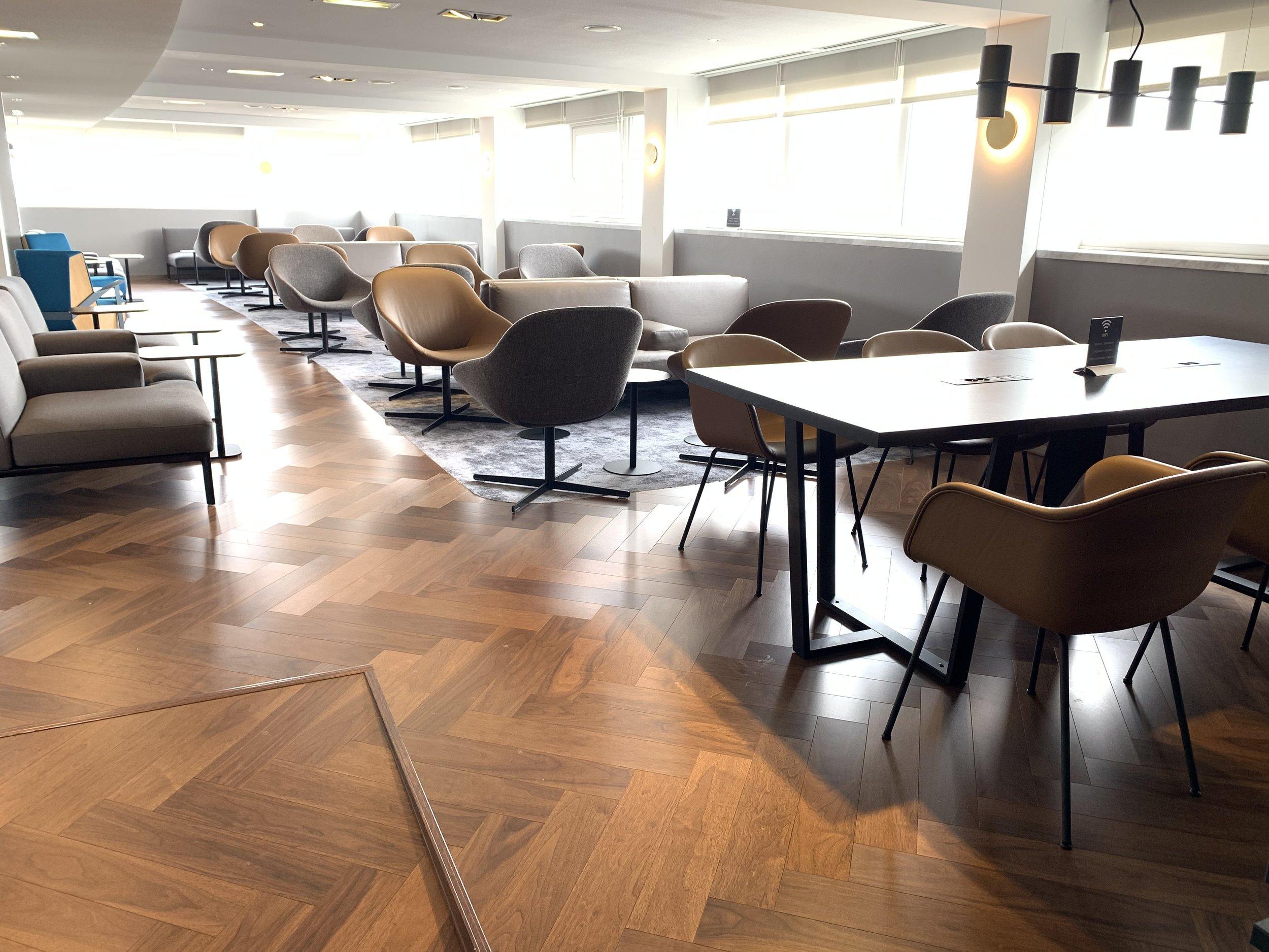 New Refurbished Star Alliance Lounge Paris Charles De Gaulle 6.jpeg