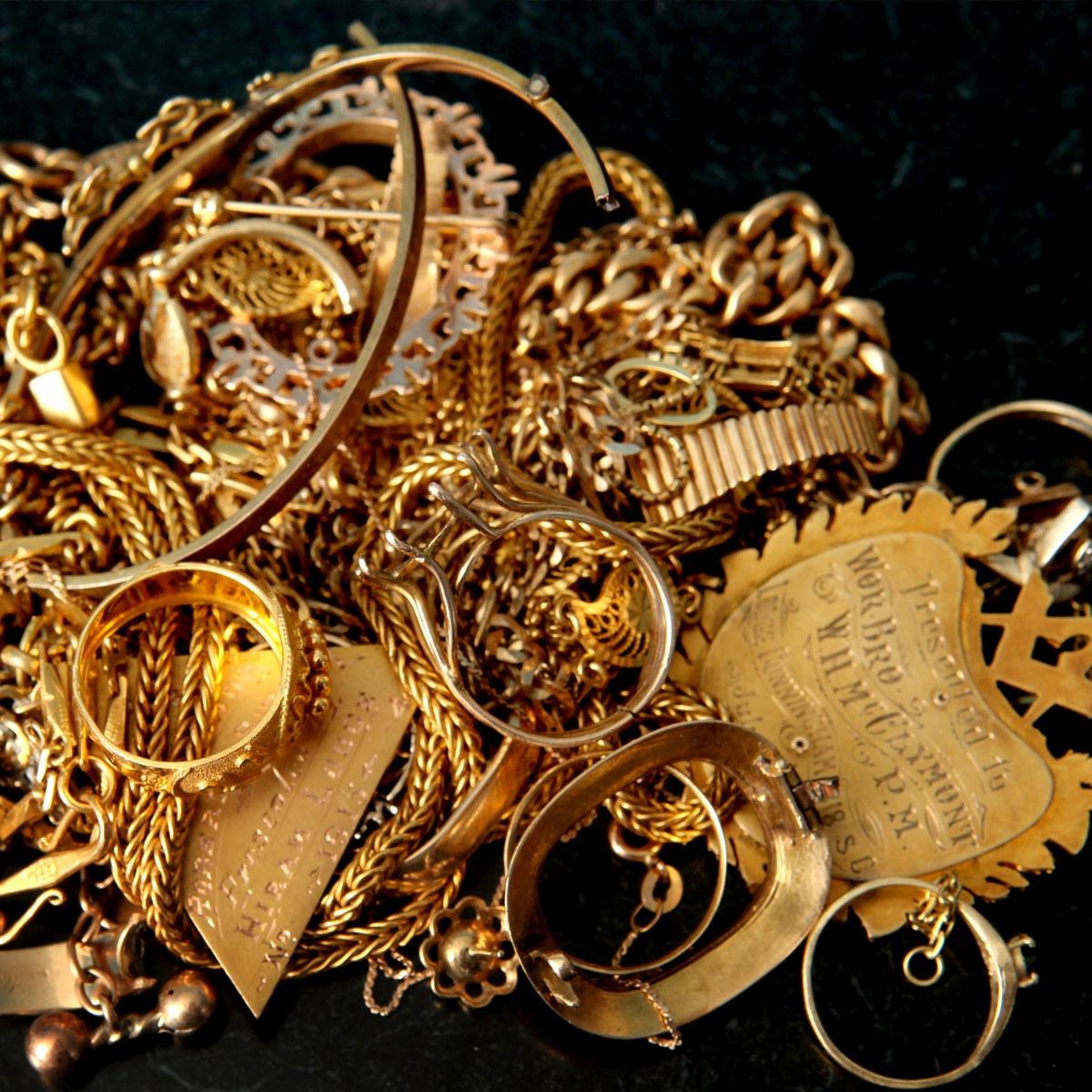 S Gold Ferris Coin Jewelry U