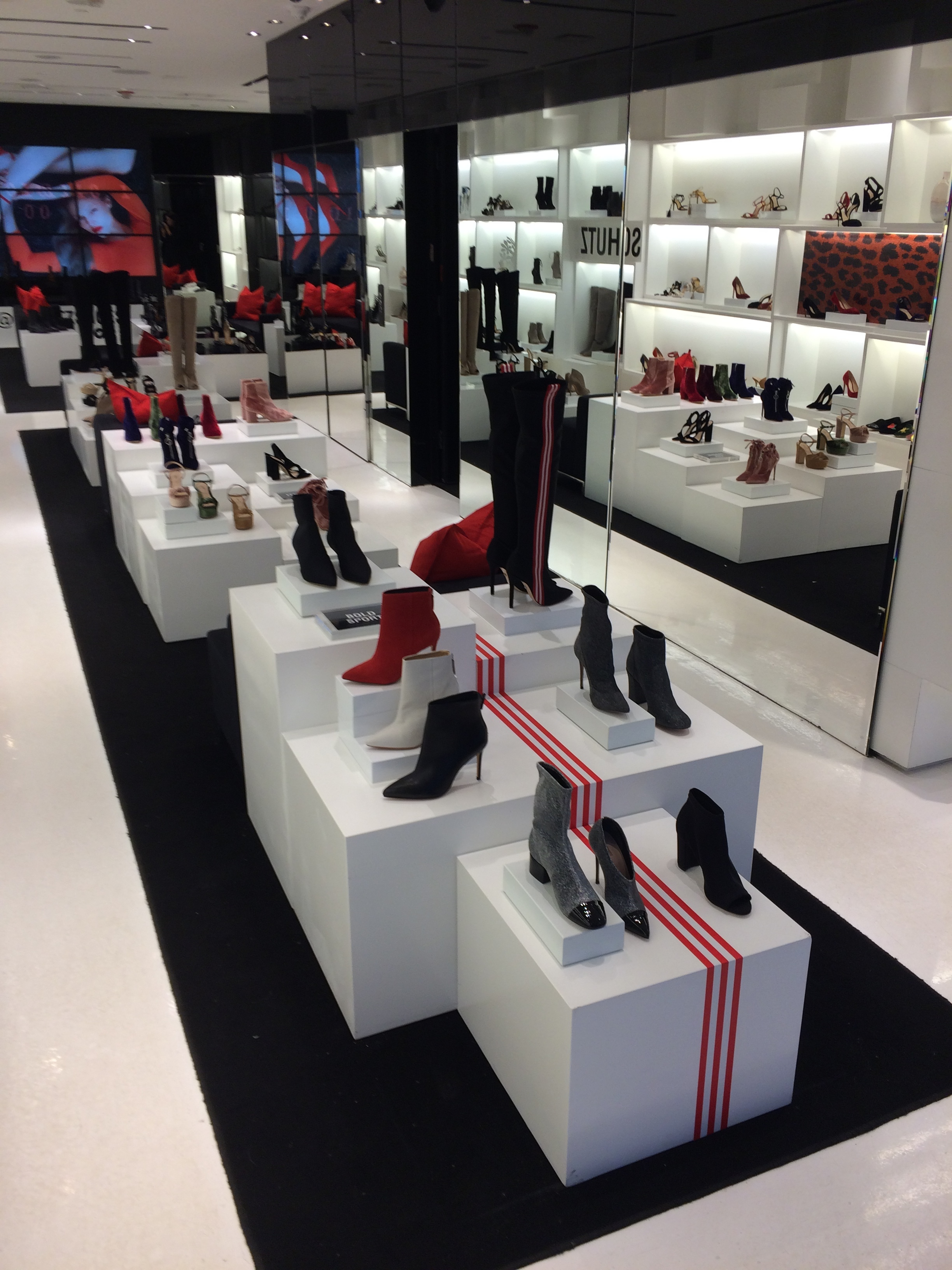 stores_10.JPG