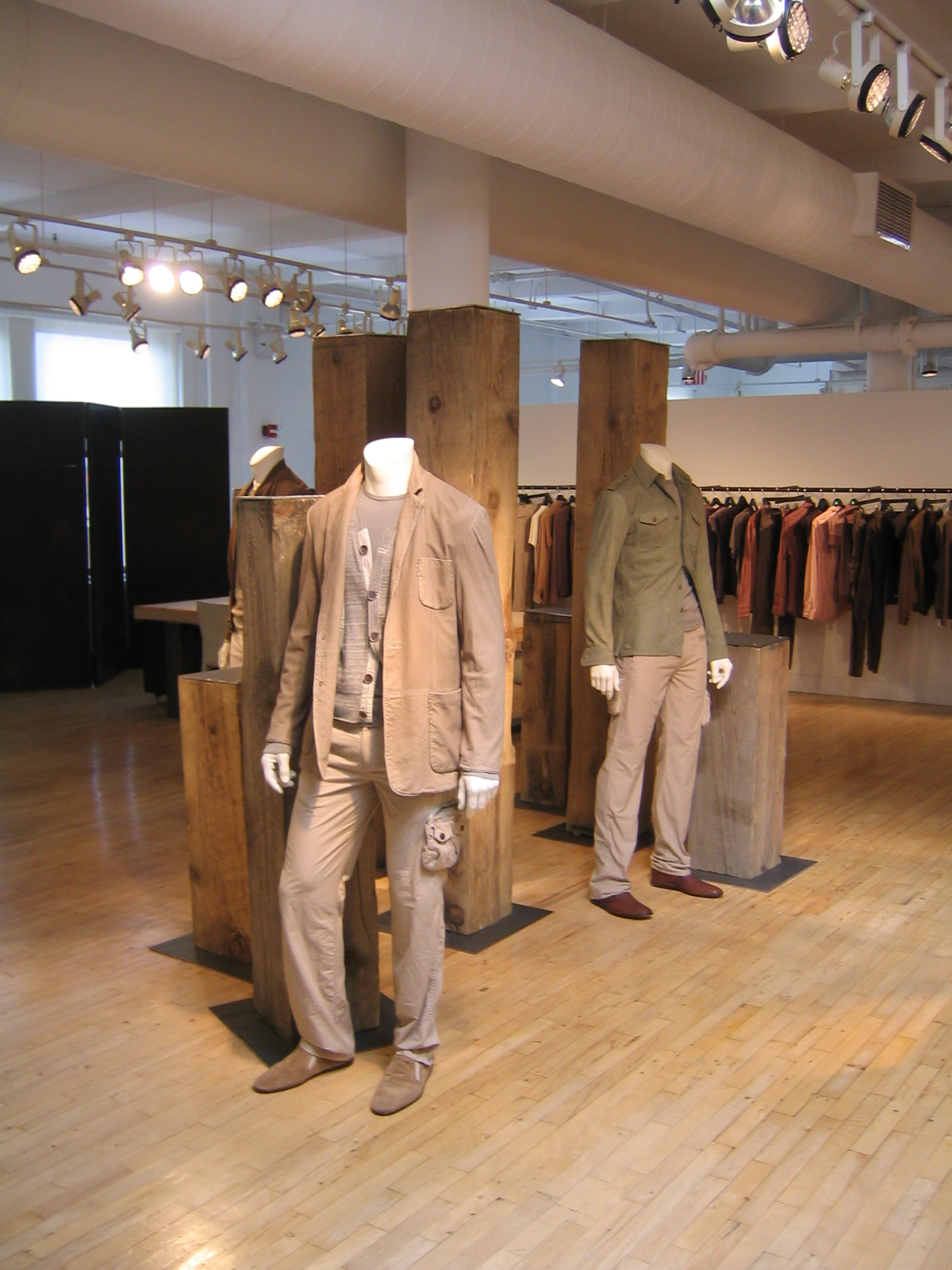 stores_28.JPG